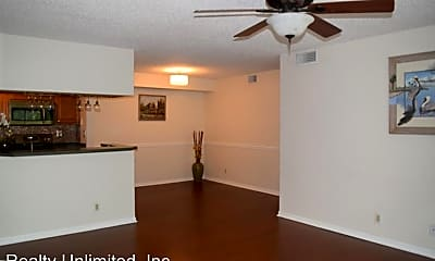 Dining Room, 2500 SE Anchorage Cove, 1