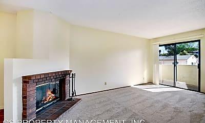 Living Room, 4515 College Way, 1