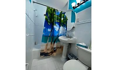 Bathroom, 460 NW 82nd Terrace, 0