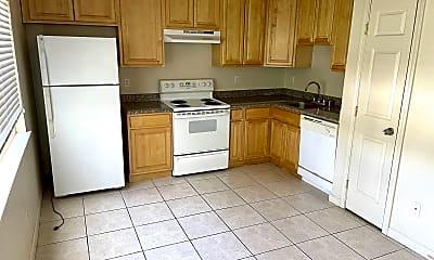 Kitchen, 1013 Echo Rd, 1