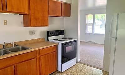 Kitchen, 836 Clover St, 1