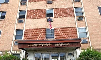 Longwood Manor, 1
