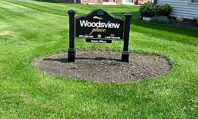 Woodsview Place, 1