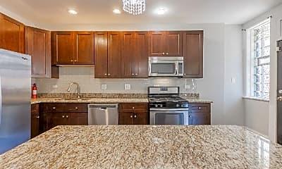 Kitchen, 6729 S Ridgeland Ave, 1