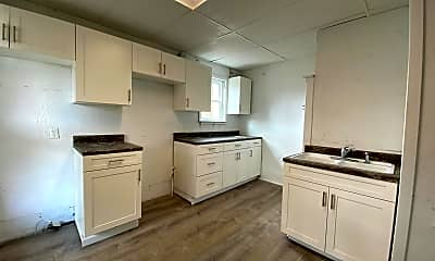 Kitchen, 1120 Mulberry St, 1