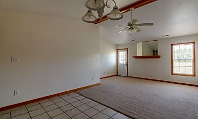 Living Room, 121 Arabian Ln, 1