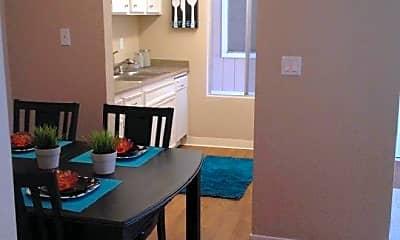 Dining Room, 1333 Arlington Blvd, 0