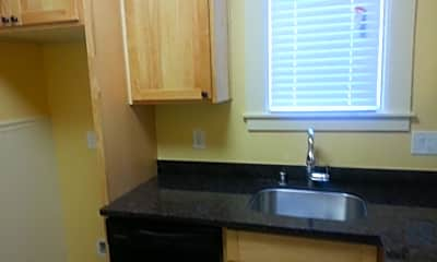 Kitchen, 1625 Myrtle St, 2