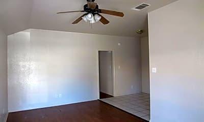 Living Room, 404 Turkey Creek Trail A, 1