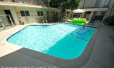 Pool, 8221 De Longpre Ave, 2