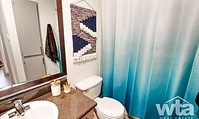 Bathroom, 739 W William Cannon, 1