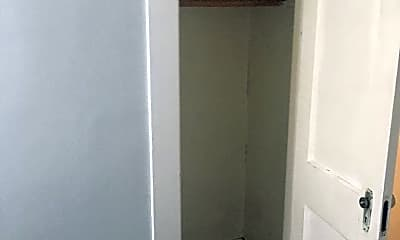 Bathroom, 374 Hartford Rd, 0