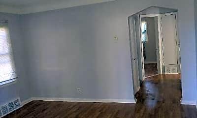 Living Room, 19448 Justine St, 2
