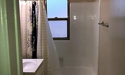Bathroom, 5405 S St Andrews Pl, 2