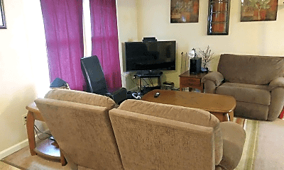 Living Room, 1721 Lawrence Ave, 1