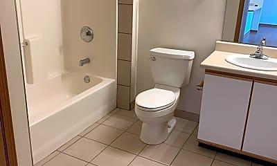 Bathroom, 5199 Zenith Pkwy, 2