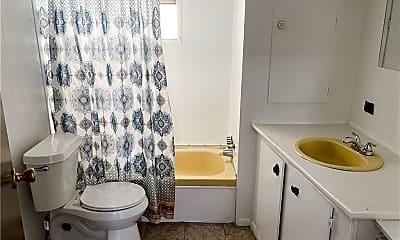 Bathroom, 9401 N 10th St 1-36, 2