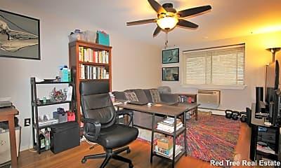 Living Room, 95 Maple St, 0
