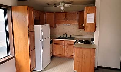 Kitchen, 619 S Walnut St, 1