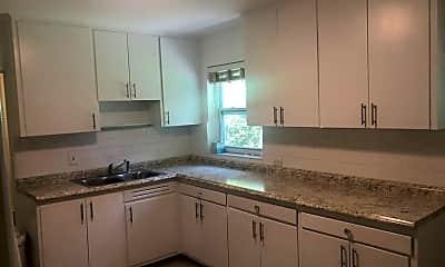 Kitchen, 3104 SW 1st Ave, 1