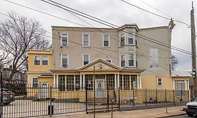 Building, 3315 N Park Ave 1, 1
