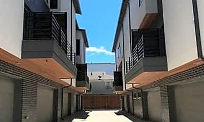 Building, 2290 N Fitzhugh Ave 20, 2