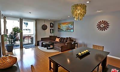 Living Room, 20 Catamaran St 101, 0