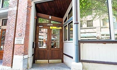 Patio / Deck, 305 Church St, 0
