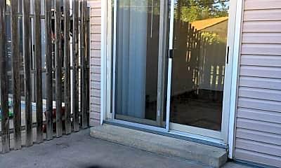 Living Room, 3566 Butternut Dr, 2