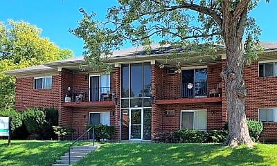 Building, 2620 N Gettysburg Ave, 1