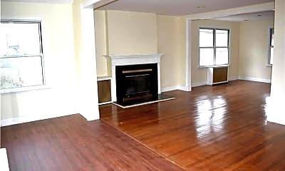 Living Room, 42 Ellard Ave, 1