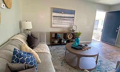 Living Room, 4615 Utah St, 2