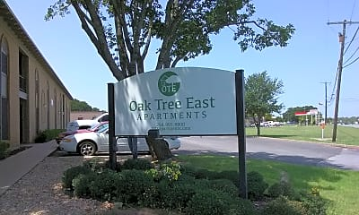 Oak Tree Apartments, 1