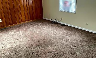 Living Room, 1405 Forest Dr, 1