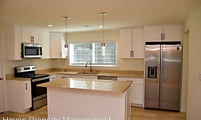 Kitchen, 5724 Hillcrest Dr SW, 1