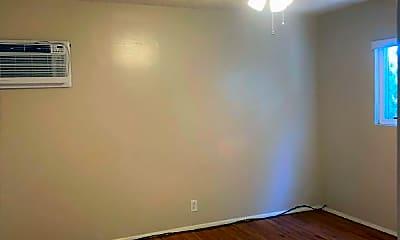 Bedroom, 119 N Montague Ave, 2
