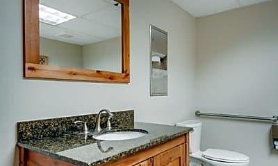 Bathroom, 340 2nd Ave S, 1