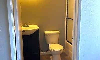 Bedroom, 14133 Sylvan St, 2