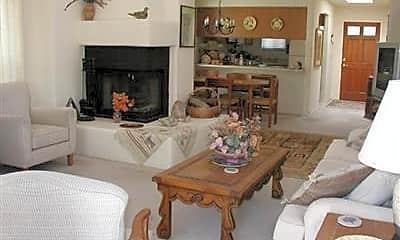 Living Room, 7601 N Calle Sin Envidia 18, 0
