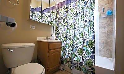 Bathroom, 618 Hinman, 2