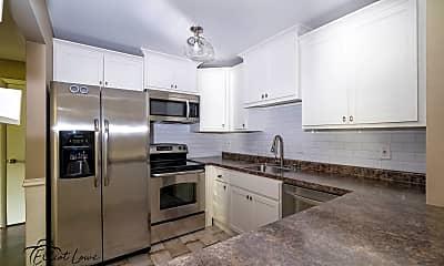 Kitchen, 586 Somerset Ln 7, 1