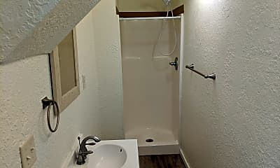 Bathroom, 1331 Grand Ave, 2