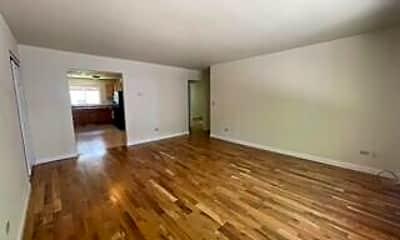 Living Room, 251 Elmwood Ave 1, 0