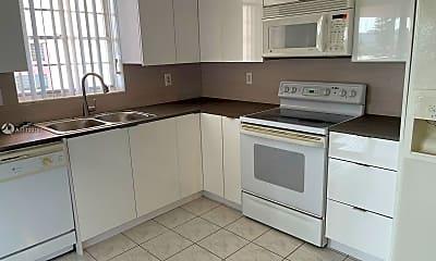Kitchen, 200 NE 12th Ave 2E, 1