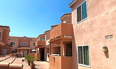 Vista del Plaza Apartments, 2