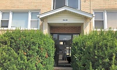 9610 Ivanhoe Ave, 1