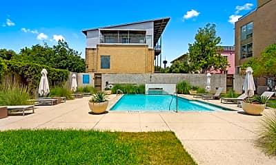 Pool, 1115 S Alamo St 2309, 2