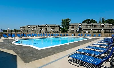 Pool, Oldham Oaks, 0