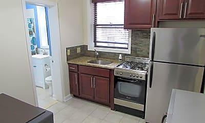 Kitchen, 36 Duncan Ave D, 0