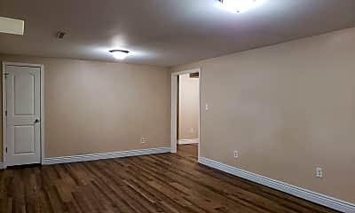 Bedroom, 4127 W Pine St, 2